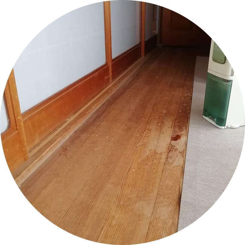 床のたわみ修理