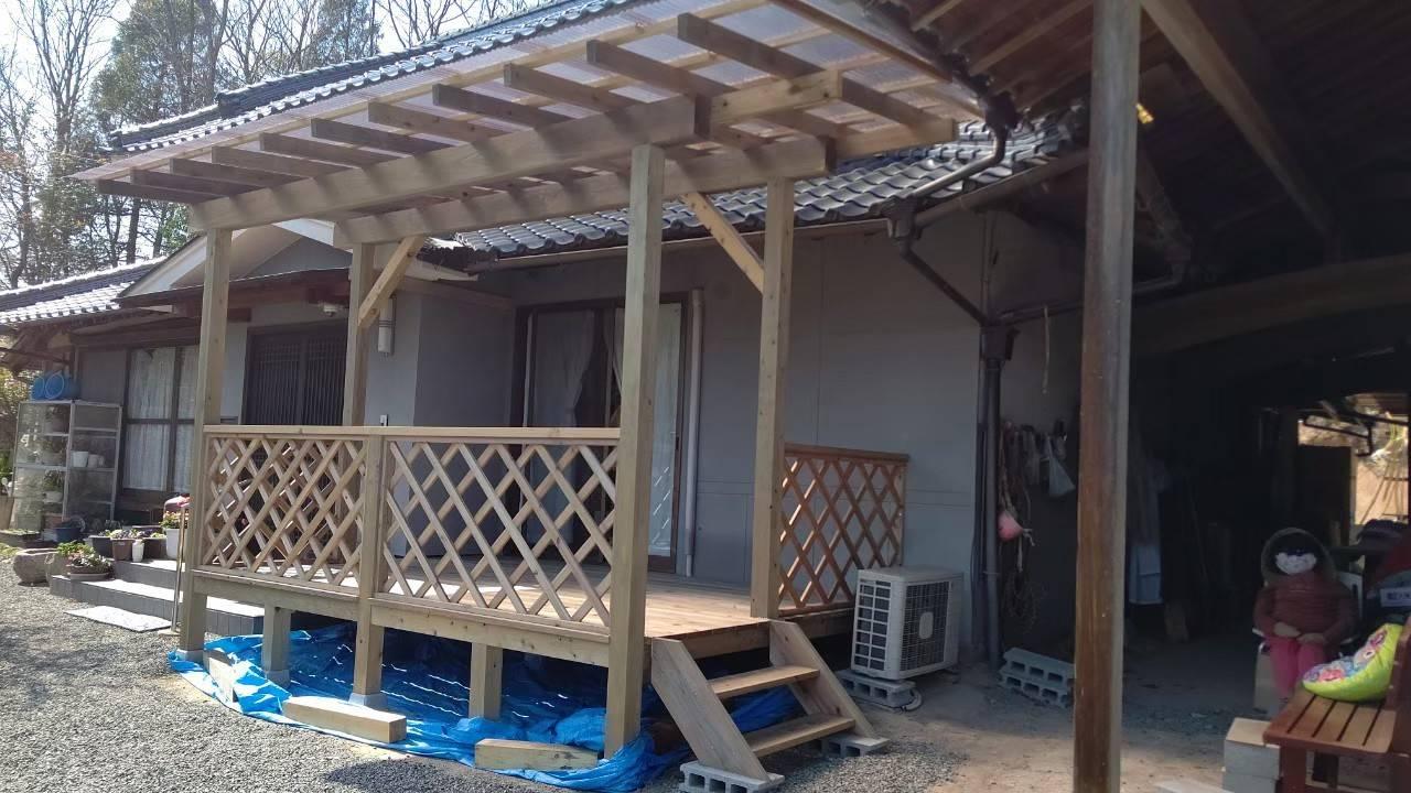 屋根付きウッドデッキ造作-広島県府中市